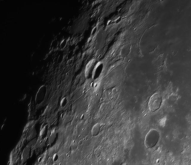 Moon_223720_lapl3_ap1677
