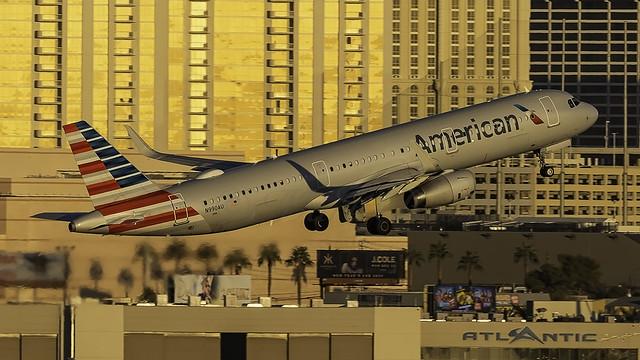 N990AU_LAS_Takeoff_1R