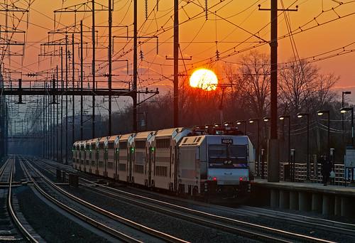 nec northeastcorridor njt njtransit alp46a bombardier edisonnj commuter train railfan railroad