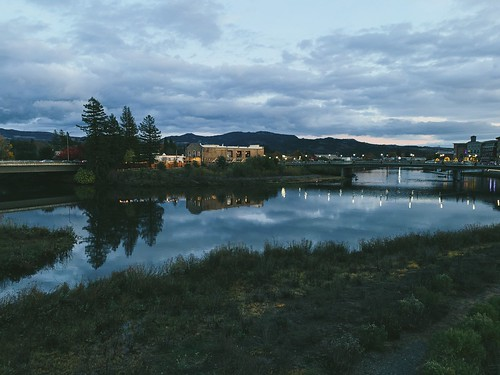 napa napariver napadowntown twilight sunset reflection smalltown river nightphotography napacreek stonebrewery riverreflection vsco vscocam iphone iphoneography napavalley landscape bridges light nightstreet clouds cloudsinnapa