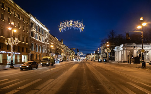 square landscape winter nature city outdoor old town snow building exterior morning colorful road yellow orange sunrise house style design architecture street landscapes outdoors leningradoblast ru saintpetersburg russia sky