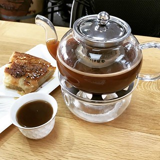 Visiting Qahwah House has been on my list for a while now. Sad I waited this long. Incredible. Sabaya with honey is my new favorite thing. Jobani coffee (cardamom, ginger & cinnamon) = 💫 #springbreak2019 | by 46137