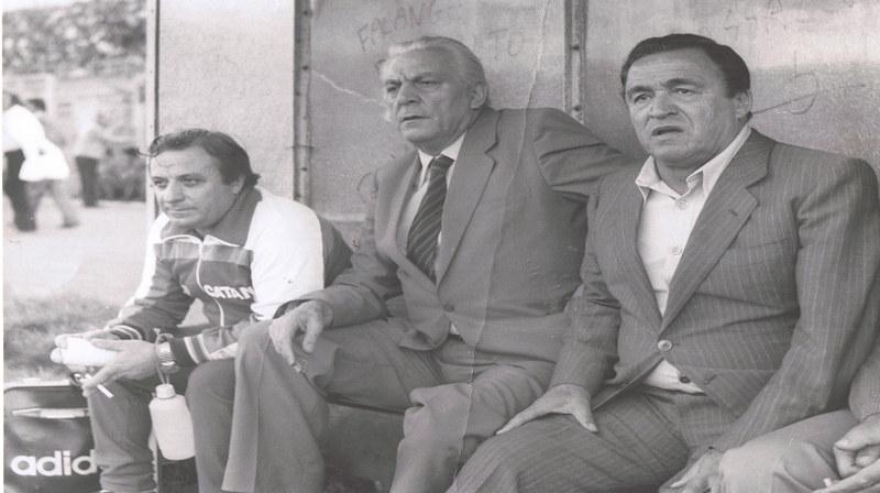 Gino Maltese, il primo da sinistra, insieme al segretario Gianni Mineo e mister Guido Mazzetti (Foto: Alessandro Russo)