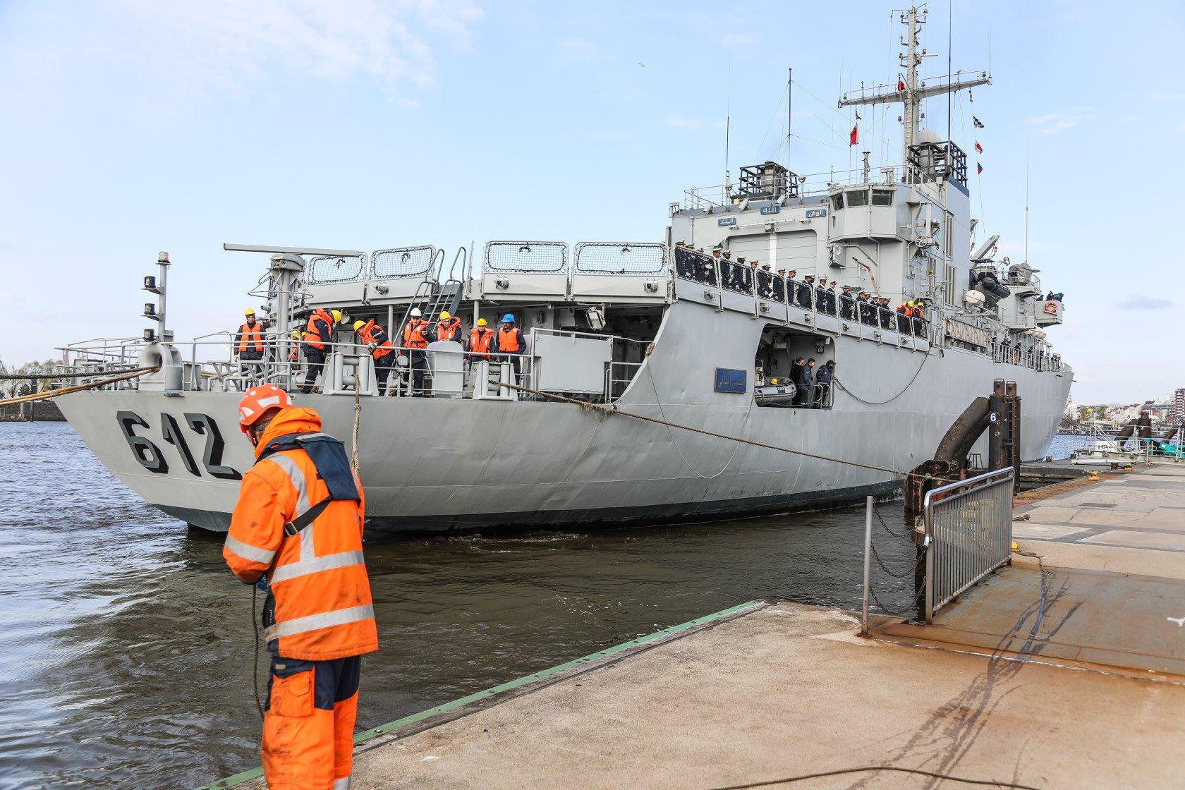 Royal Moroccan Navy Floréal Frigates / Frégates Floréal Marocaines - Page 14 33717688478_94f8c8b6dd_o
