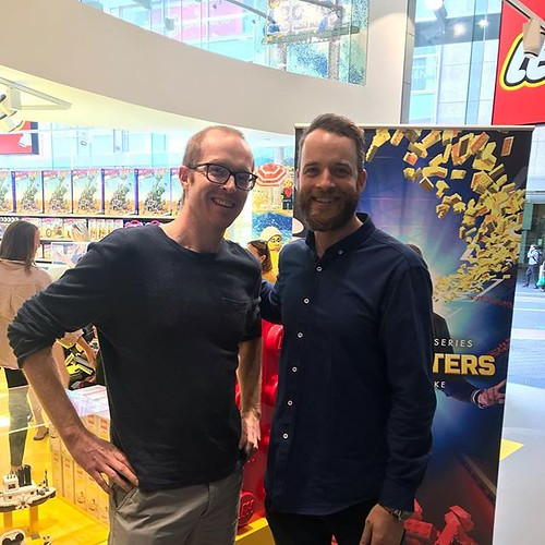 Made it to the Bondi Junction @lego store to meet Hamish who's hosting the @legomastersau TV show. Looking forward to watching it on @channel9 soon! Looks fun! Maybe next year I'll try out 😃 #lego #legomasters #legomaster #legofan #legofanatic #leg | by GJBricks