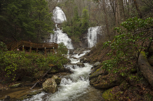 helen georgia the south usa outdoor landscape anna ruby falls water smith creek