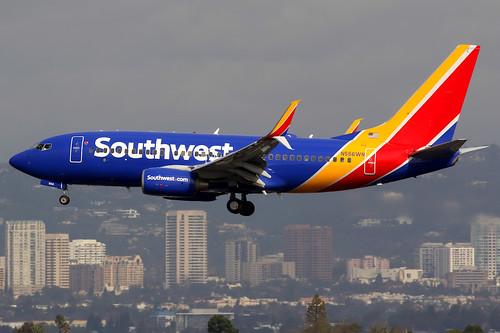 Southwest Airlines | Boeing 737-700 | N556WN | Los Angeles International | by Dennis HKG