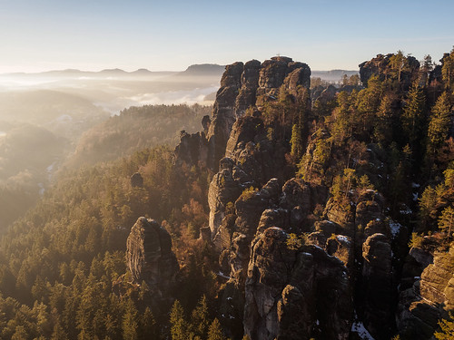 lohmen sachsen deutschland de olympus sunrise landschaft nature felsen germany natur rocks em1 elbsandsteingebirge saxon bastei landscape sächsischeschweiz elbsandstein saxonswitzerland nationalpark omd