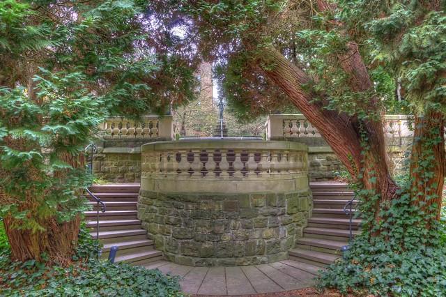 Schlossgarten Balkon