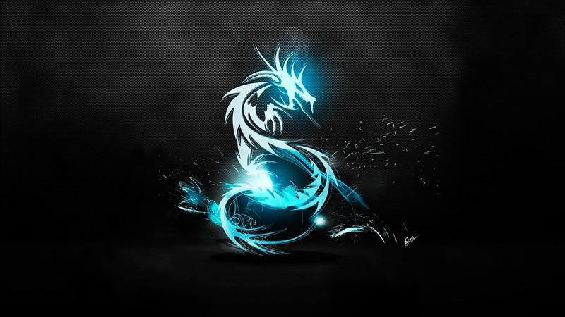 Обои дракон, классика, свет, блеск, поверхность, фон картинки на рабочий стол, фото скачать бесплатно