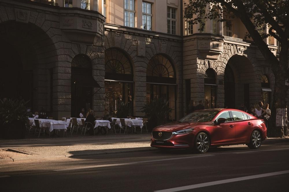 圖三:2020年式Mazda6提供更完善的i-Activsense主動安全科技,全車系標配MRCC全速域主動車距控制巡航系統、360°環景輔助系統以及DAA駕駛疲勞警示系統