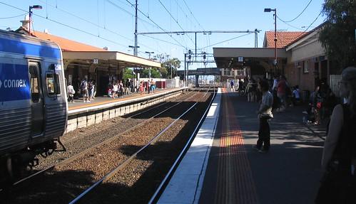 Train at Newport, January 2009