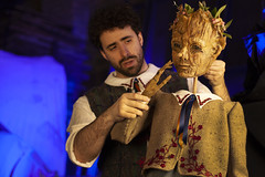 Sat, 2019-03-09 03:40 - puppet design by Tom Lee and Chicago Puppet Studio, with actor Sean Garratt