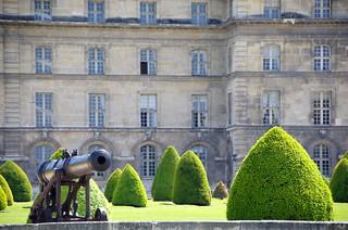 Les Invalides | by sarowen