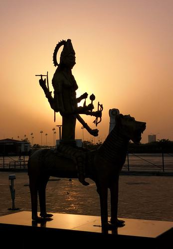 silhouette sunset goddess durga madurga statue kolkata india light figure armed good hindu religion colal10 smartphonephotography lion celestial silhouettes