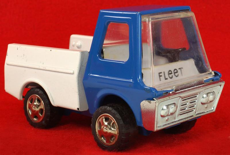RD26760 Very Rare Fleet Truck CK Kuramochi & Co. , LTD. Japan Blue Cab White Bed DSC09028