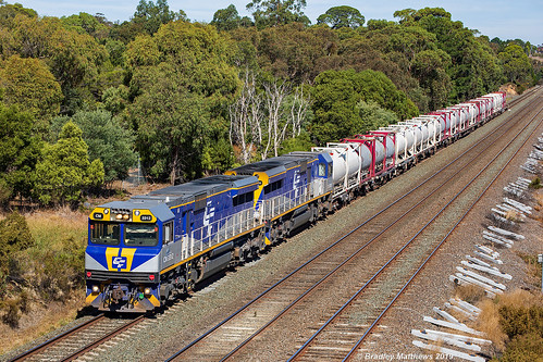 QUBE Cement Freight at Wandong on 11/4/2019.