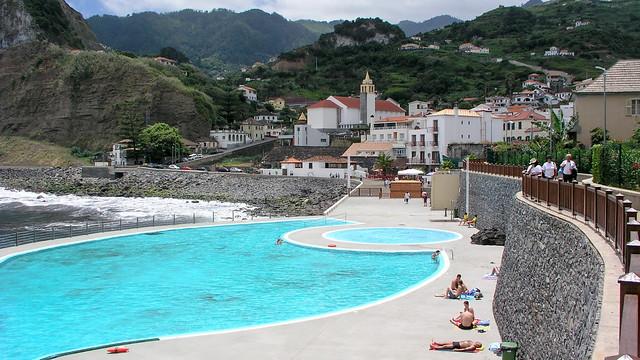 Meerwasserpool in Porto da Cruz, Madeira