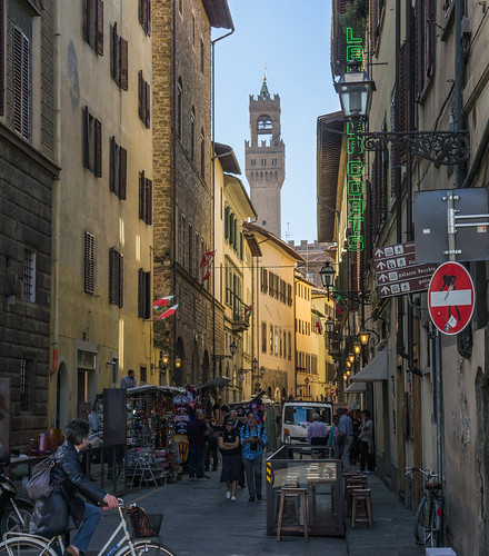 Tower of Arnolfo and road sign | by Tigra K