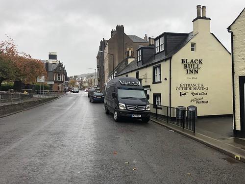 moffat highstreet scotland blackbull inn pub mercedessprinter parkedup streetview bluevan dumfries greyday