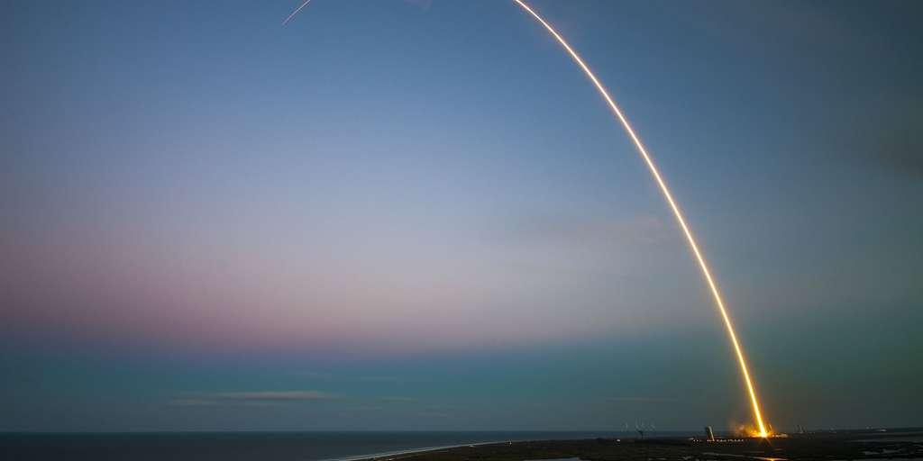 Starhopper de SpaceX effectue un court voyage