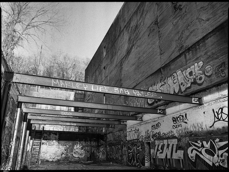architectural forms and movements, urban decay, near sunset, River District, Ashevile, North Carolina, Mamiya 645 Pro, mamiya sekor 45mm f-2.8, Bergger Pancro 400, Ilford Ilfosol 3 developer, 1.5.19