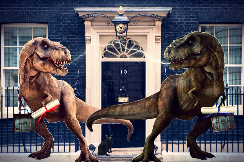 '...more bickering 'Obtuse Party' MP's...outside no.10!'