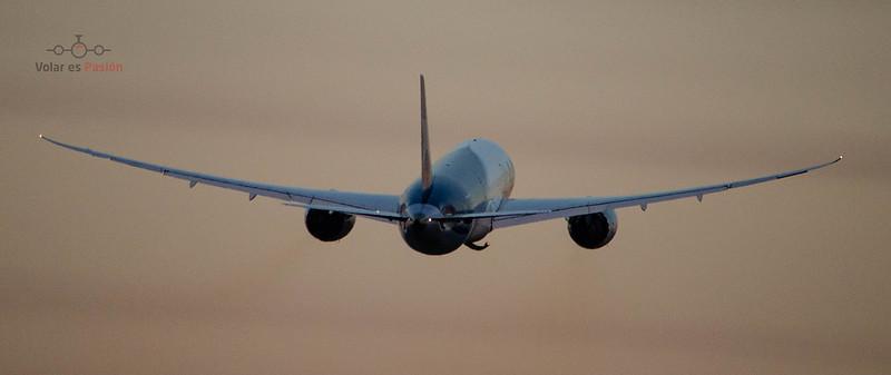 LATAM - B787-8 Dreamliner