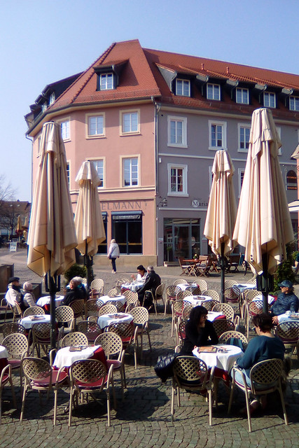 April 2019 ... Frühling in Bad Dürkheim ... Innenstadt ... Fotos und Collagen: Brigitte Stolle