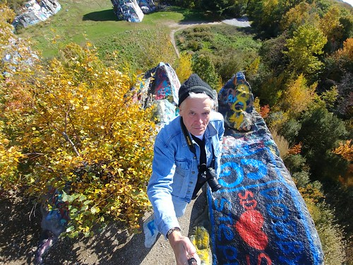 brooks brooksbos quincy quarry quarries granite cliff autumn foliage fall senior massachusetts newengland elderly hiking backpacking lg smartphone grafitti colorful precipice rocks