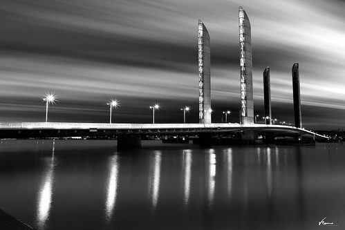 Puente Jacques Chaban-Delmas | by Vicente Romero Photography