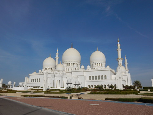 Abu Dhabi - Sheikh Zayed Grand Mosque - 1