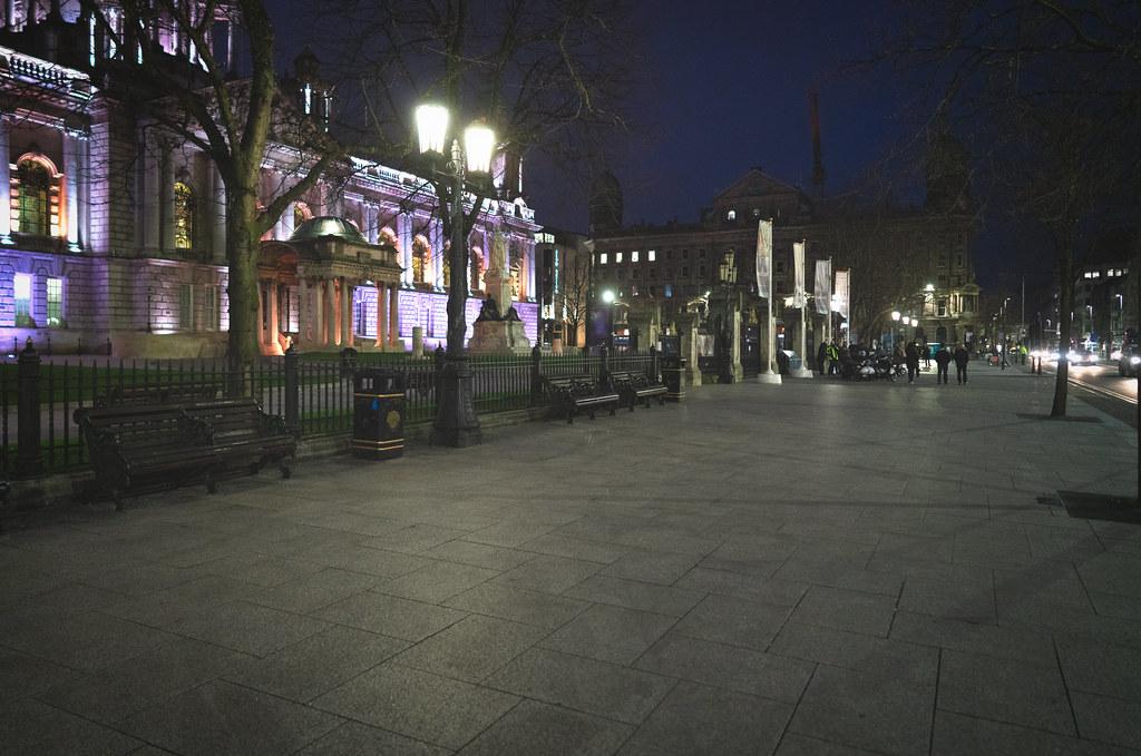 BELFAST CITY HALL AT NIGHT 011