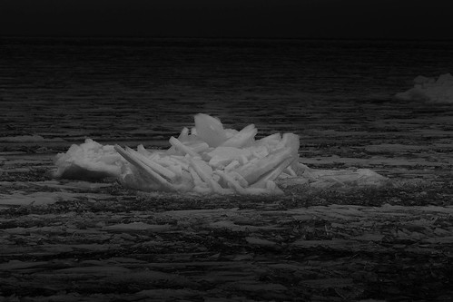 Ice Float 399