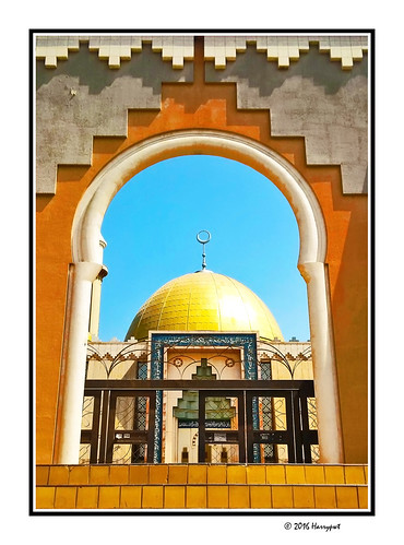 harrypwt borders framed city nigeria africa afrika blackberry z30 abuja mosque architecture building