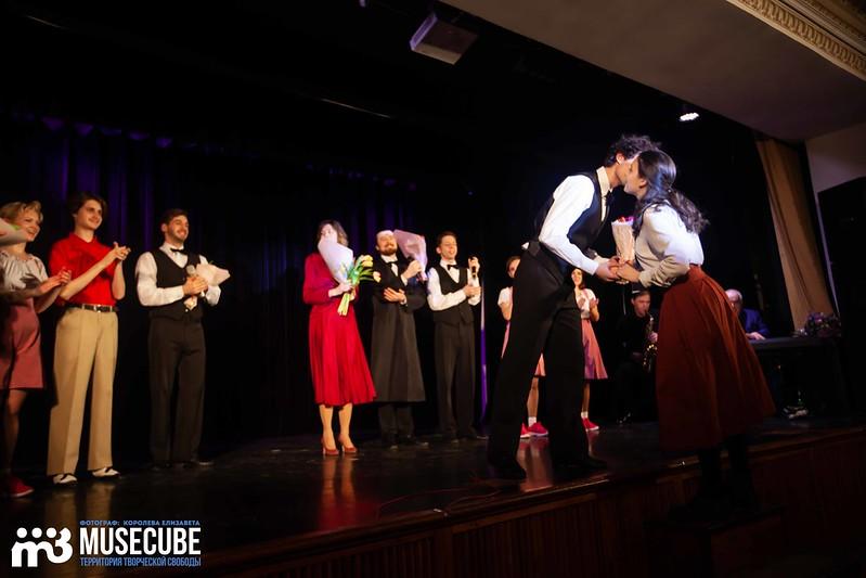 teatr_shalom_dom_gur-160