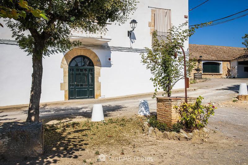 Casa de los Desvalls en la Finca Viladellops