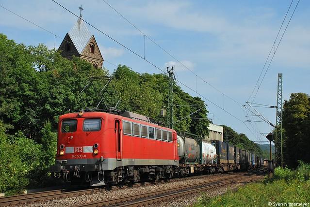 140 539-8 mit einem Güterzug in Bonn-Oberkassel am 10.07.10