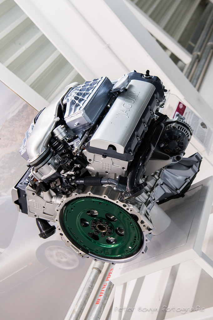 Jaguar AJ-V8 Engine | Fitted with an Eaton M112 supercharger