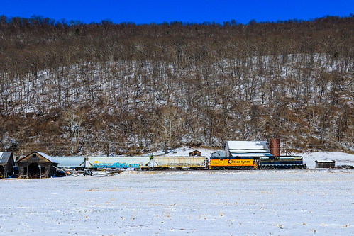 southbranchvalley sbvr railroad chessie system baltimoreandohio bo railway southbranch line romney westvirginia emd gp9 gp9r 92 6240 6604 gp383 100 train grain