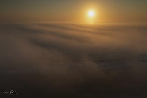sunrise amanecer salidadelsol dawn atlanticocean océanoatlántico fog niebla neblina