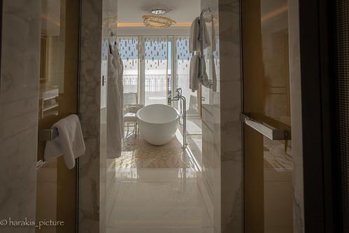 hôtel monaco luxe bath