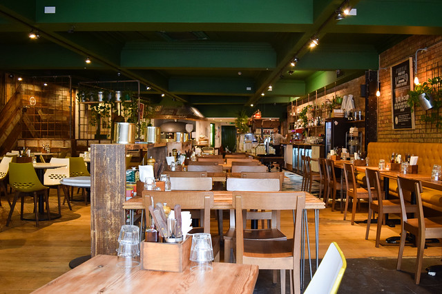 Lunch at Luben's Pizza, Folkestone