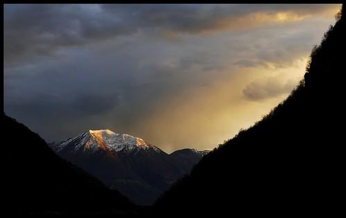 verzasca clouds nuvole tramonto sunset ticino temporale