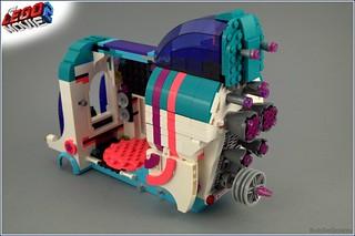 #70818 Pop-up Party Bus | by BobDeQuatre