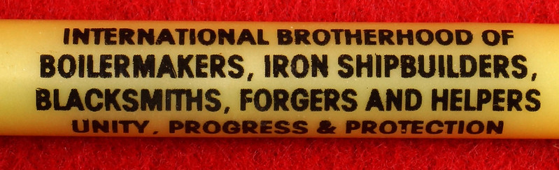 RD17136 1980 Boilermakers Iron Ship Builders Blacksmiths Forgers & Helpers Local 568 Tacoma Brass Belt Buckle Anacortes DSC09410