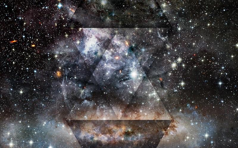 Обои треугольник, свет, точки, пятна, блеск картинки на рабочий стол, фото скачать бесплатно