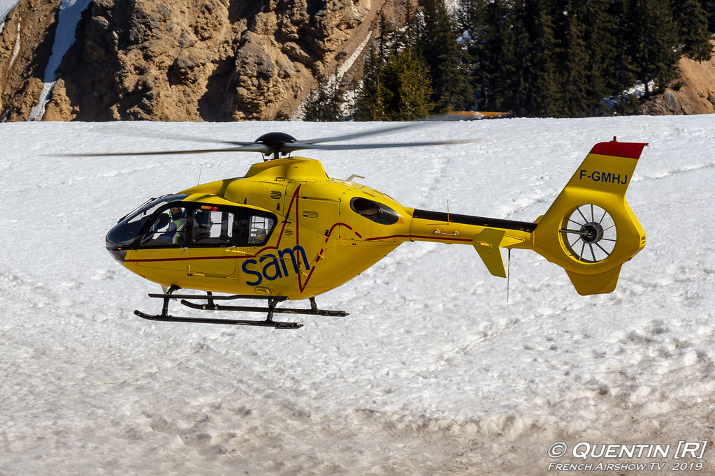 Eurocopter EC-135-T1 - F-GMHJ SAF - Secours Aérien Français Fly Courchevel Canon Sigma France French Airshow TV photography Airshow Meeting Aerien 2019