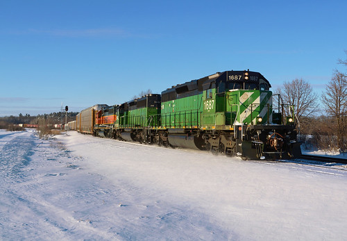 bnsf burlington northern santa fe emd sd402 1687 siding randall mn minnesota railroad snow locomotive engine winter dilntw