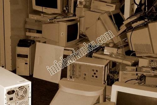 Penjualan desktop perusahaan yang kuat membatasi penurunan pasar PC